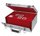 Valiza monede GIGANT cu 15 tavi in catifea rosie pentru 500 monede de max 50mm, SAFE