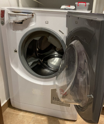 Mașina de spălat cu uscător Hotpoint Ariston Aqualtis AQD970D49 foto