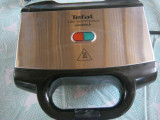 Cumpara ieftin Sandwich-maker Tefal Ultracompact SM157236, 700 W