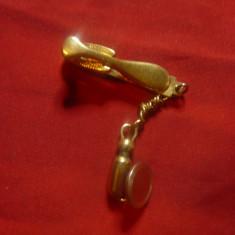 Ac de Cravata cu lant si ornament lanterna ,marca Hickok SUA metal aurit