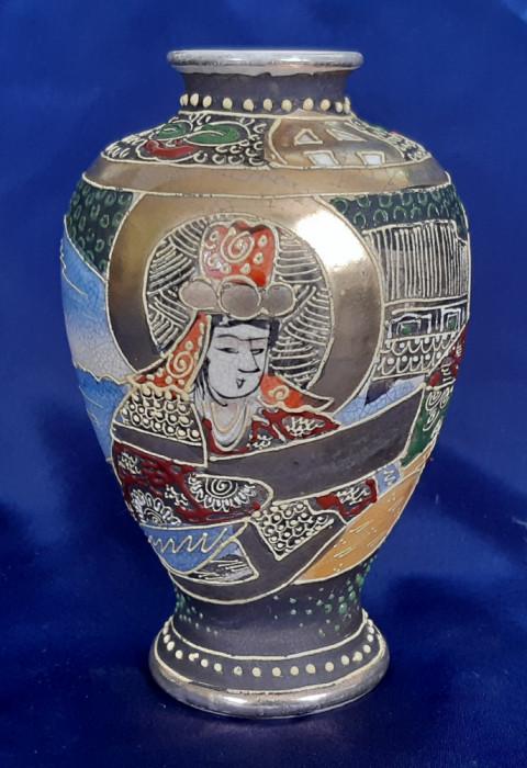 Vază portelan Satsuma Moriage