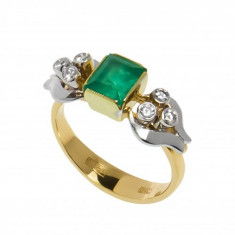Inel din aur alb si galben 18K cu smarald si diamante, circumferinta 52 mm