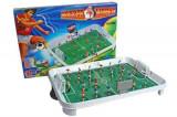 Joc de fotbal pentru copii - ataca si inscrie - jucarie 68008