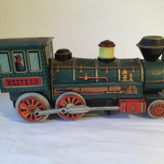 Jucarie veche tabla anii 60 locomotiva Western Japan Modern Toys, 30 cm