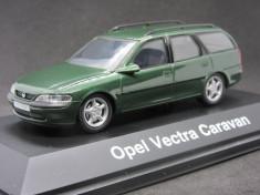 Macheta Opel Vectra B caravan Schuco 1:43 foto