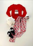 Cumpara ieftin Pijama dama ieftina bumbac lunga cu pantaloni roz si bluza cu maneca lunga rosie cu imprimeu NTL