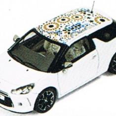 "MAcheta Auto IXO, CITROEN DS3 ""Kenzo"" Edition 2010 1:43"