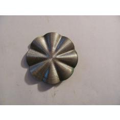 CY - Nasture interbelic pentru palton dama / alama argintata / d = 5,50 cm