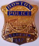 M.019 INSIGNA POLITIE CAPITAN USA SUA BOSTON POLICE CAPTAIN 147 REPLICA GÖDE