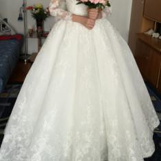 Rochie de mireasa Aryanna Karen