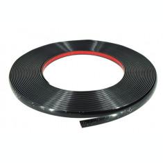 Ornament Decor Rola negru cu Adeziv  4mm x 15m AL-TCT-2255