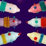 Prezervativ  Haios Alien cu Striatii Color