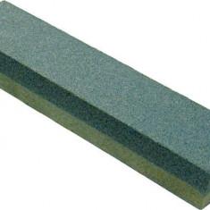 Piatra ascutit cutite