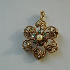 Brosa/pandant aur, stil victorian