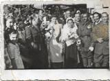Fotografie militari romani nunta poza veche romaneasca interbelica