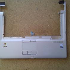 Palmrest cu touchpad Fujitsu Lifebook E8110