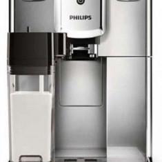 Espressor super-automat Philips Series 5000 EP2231/40, 15 bari, 1.8 l, Sistem AquaClean (Argintiu/Negru)