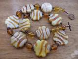 Colier biscuiti cu caramel - sticla manuala, cupru si cristal Bohemia