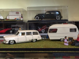 1/43 Diorama + machete Volga M22 si rulota Polaris - nash avtoprom