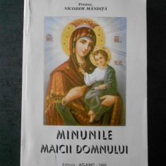 NICODIM MANDITA - MINUNILE MAICII DOMNULUI (usor uzata)
