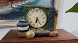 Cumpara ieftin ceas masa vintage, in stare de functionare.