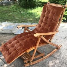 Balansoar de terasa tip scaun living cu cadru lemn rezistent bambus+ perna maro