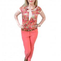 Pantalon usor elastic, nuanta de corai, buzunare apretare lateral