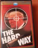 THE HARD WAY - Film Caseta Video VHS ( 1979 )