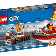 LEGO City - Incendiul de la docuri 60213