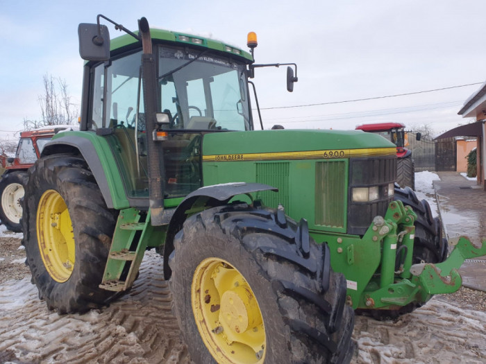Tractor John Deere 6900, AC, 8.700 ore reale, 130 CP,  4x4. IMPORT