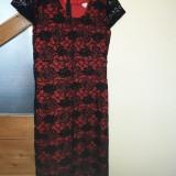 Rochie de dantela neagra cu captuseala rosie 48, Negru