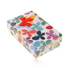 Cutie colorata pentru set sau lant, model de fluturi cu ornamente,funda