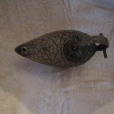 lampa aladin veche din bronz fara defect h1