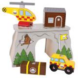 Statie Salvamont, masinuta de teren, elicopter, cabana, 3 ani+