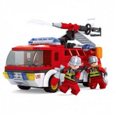 Set cuburi Lego,actual investing, model masina de pompieri, 192 piese