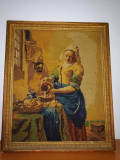 Goblen tablou cusut vechi, Vermeer The Milkmaid,rama lemn aurita, 51 x 42cm
