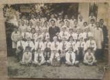 Fotografie de clasa, cu strajeri// Scoala Primara nr. 8 Eliade Radulescu