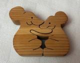 Puzzle suedez din lemn de pin 2 piese reprezentand doi soricei