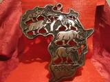 ARTA AFRICANA - APLICA DECORATIVA LEMN DECORATA CU ANIMALE SALBATICE 33 CM