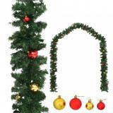 Ghirlandă de Crăciun decorată cu globuri, 5 m