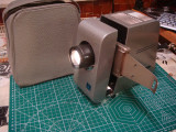 Cumpara ieftin Proiector  diapozitive vintage Aspectar 150A