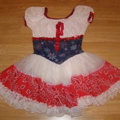 costum carnaval serbare rochie dans floare traditionala pentru copii de 7-8 ani