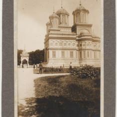 Fotografie carton Manastirea Curtea de Arges din vechi album sasesc din Sibiu