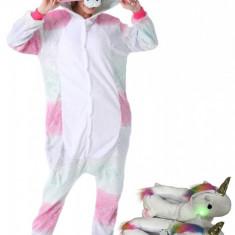 PJS181-100 Set pijama kigurumi + papuci de casa model unicorn