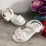 Cumpara ieftin Sandale albe elegante cu fluturasi pt fetite 25 26 28 29 30 31 32 33 34 35