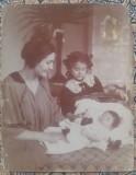 Mama cu copii// fotografie inceput secol XX