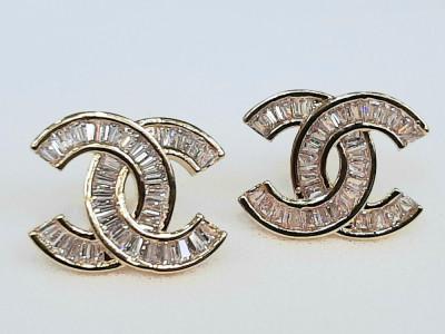Cercei Chanel foto