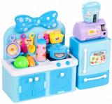 Bucatarie pentru papusi cu frigider albastru, Malplay 107545