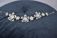 Diadema model Floare cu pietricele foto