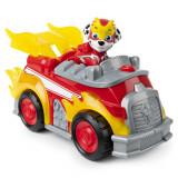 Set figurina Chase si masina de pompieri cu lumini si sunete Patrula Catelusilor